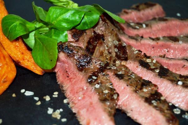 Lækker bison flanksteak til beredt på grillen